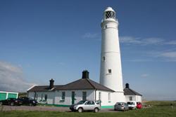 nash-point-lighthouse